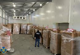 На Буковині СБУ запобігла незаконному переміщенню до ЄС контрафактних цигарок на майже 10 млн грн