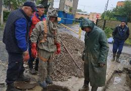 Після масивного провалу відновили рух транспорту на вулиці Руській у Чернівцях