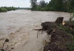 """На Буковині очікується підйом рівнів води у річках до трьох метрів. Підприємців """"Калинки"""" закликають не панікувати"""