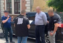 На Буковині СБУ викрила на хабарі заступника начальника районного управління поліції