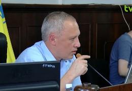 Чернівецька міськрада провалила рішення про демонтаж турнікету: як голосували депутати