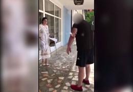 «Це тобі за сина» – на Буковині батько випускника облив викладачку фекаліями. Вона звернулася у поліцію
