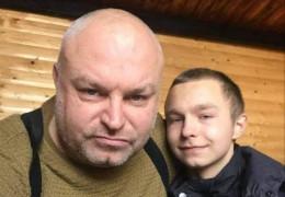 Журналісти з'ясували про чоловіка, який облив нечистотами викладачку з Буковини