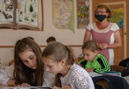 Школам Буковини рекомендуватимуть викладати християнську етику — рішення депутатів облради