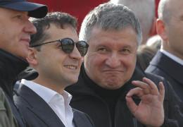 Чому пішов з посади міністра МВС Аваков? Деталі відставки