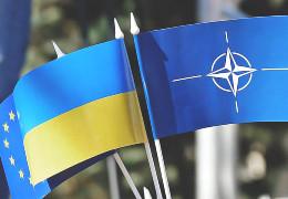 52% українців підтримують вступ до ЄС, 48% - в НАТО, 22% - в Митний союз, - опитування КМІС. ІНФОГРАФІКА