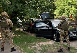 ЕксСБУшник організував банду, яка нападала на суддів і чиновників