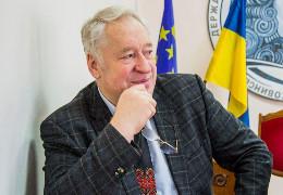 У Чернівцях помер багаторічний ректор БДФЕУ Володимир Прядко