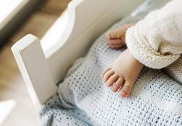 У світі все більше людей відмовляються народжувати дітей, побоюючись змін клімату