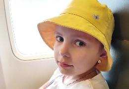 Будьмо милосердними: мама 10-річної дівчинки просить допомоги на операцію пересадки кісткового мозку дитини