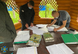 СБУ заблокувала ще одну схему збагачення чиновників на природних ресурсах: продавали ліс із заповідної зони на Буковині