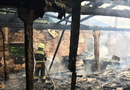 У Костичанах у пожежі загинув літній чоловік, а у Берегометі згорів деревообробний цех