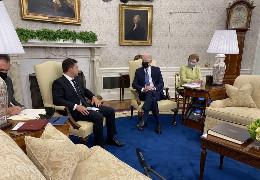 Зеленський і Байден провели зустріч у Білому домі. США допомагатимуть Україні утверджувати свій суверенітет