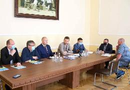 Обласна рада підписала грантовий контракт на понад 2 млн. євро на ремонт дороги до Селятина та капремонту ділянки автодороги до КПП«Шепіт»