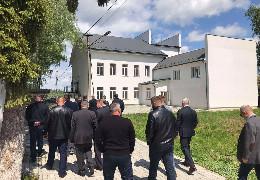 Депутати Чернівецької облради не задоволені реконструкцією молодіжної бази «Перлина гір»
