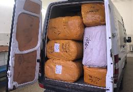 Контрабанда одягу на 2,5 млн у Порубному. Чернівецьких митників підозрюють у змові із організаторами оборудки