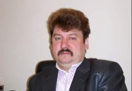 У Чернівцях помер колишній директор обласного музею та екс-керівник обласного театру Дмитро Жмундуляк